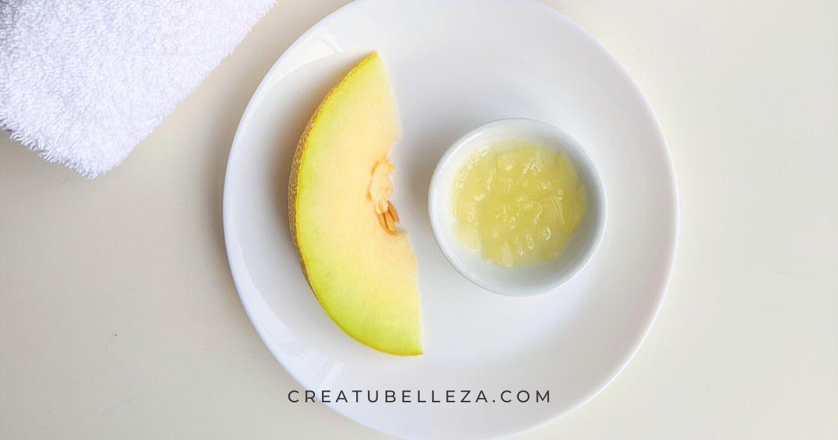 Cómo hacer una mascarilla de melón para hidratar la piel del rostro