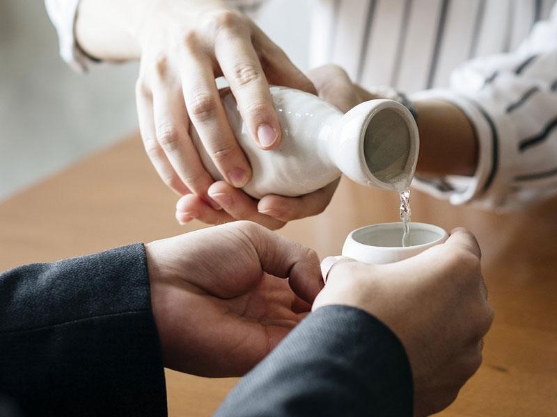 Beneficios del sake para la salud y la piel del rostro