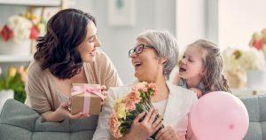 Qué regalar para el día de las madres - 9 Ideas creativas que harán feliz a mamá en 2021